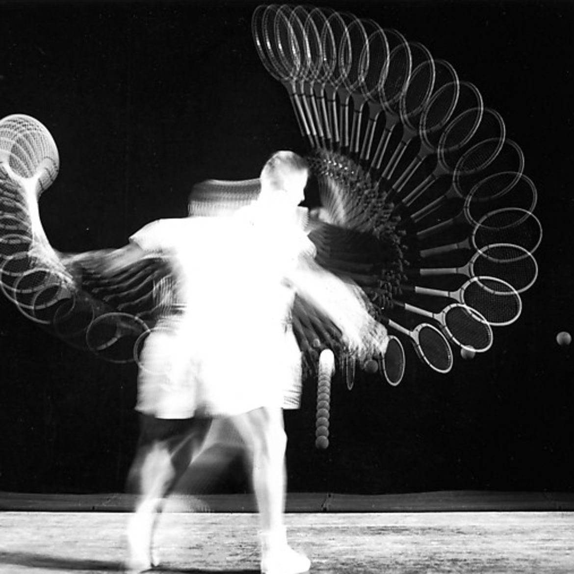 Cover Photo: photo by Harold Edgerton/The Metropolitan Museum of Art